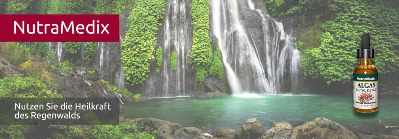 NutraMedix Algas - Algen für Schwermetallausleitung - Wasserfall mit blaugrünem See