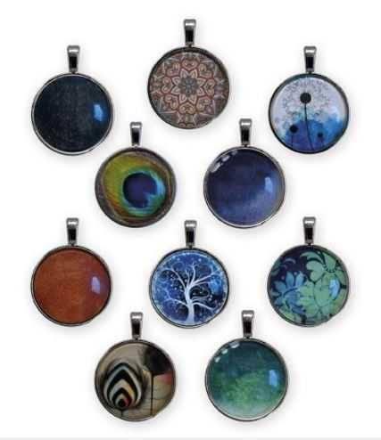 Vorschau: Das E-Blocker Amulett gibt es in 10 verschiedenen Designs - Sie können wählen
