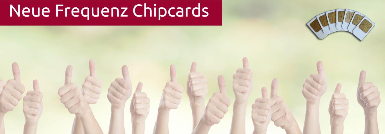 Hochgereckte Daumen stehen für den Erfolg der neuen Chipkarten