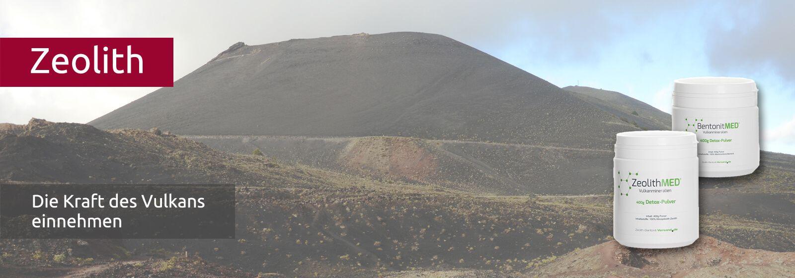 Karge Vulkanlandschaft mit brauner Lava